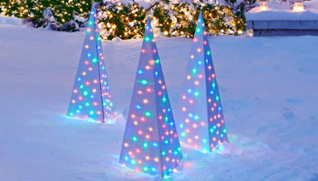 lighted-spire-ornament-102378243-hero