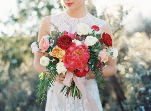 amazing-wedding-bouquets_michelle-lywood-florals-_-heather-hawkins-photography