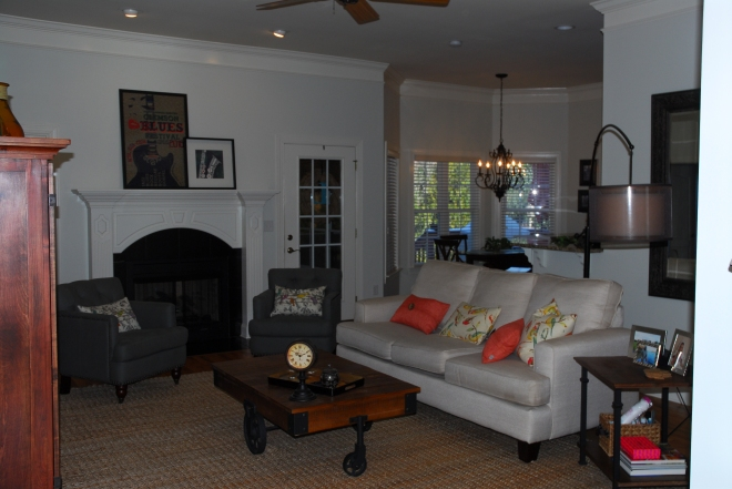 Claire_Creative_Home_1_Living_Room