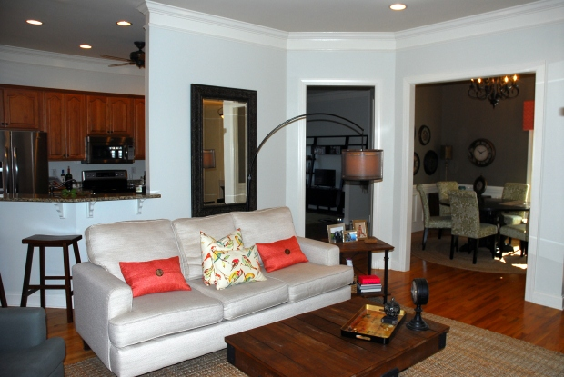 Claire_Creative_Home_1_Living_room2