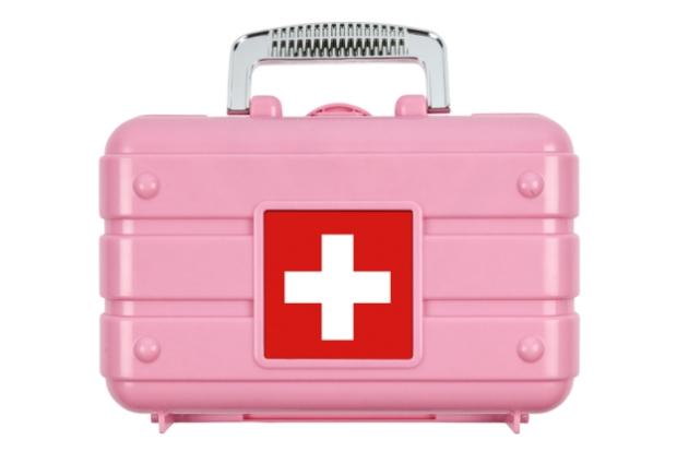 wedding-day-emergency-kit-1-624x417