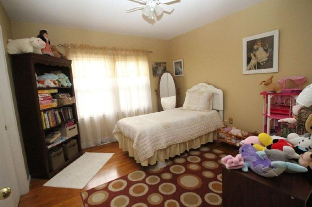 Bedroom02_01