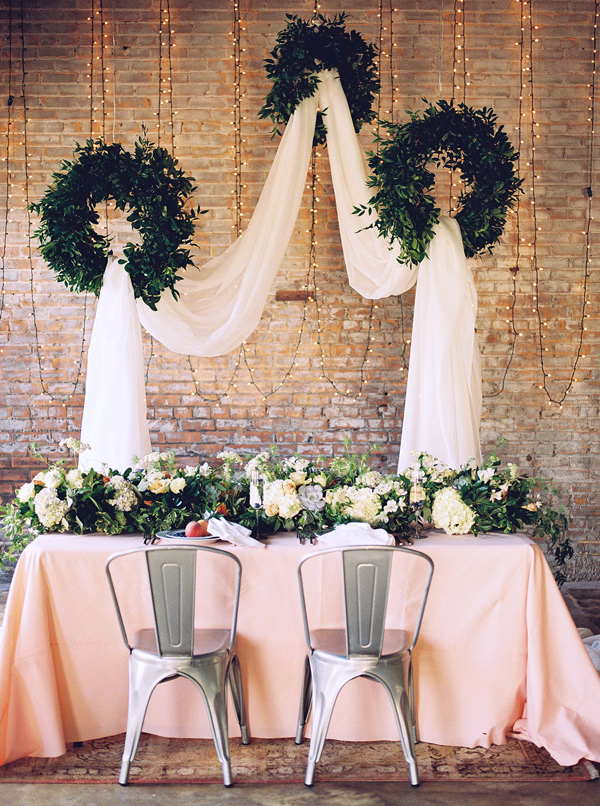 Ruffled - photo by Tracy Enoch Photography http://ruffledblog.com/organic-bohemian-wedding-inspiration