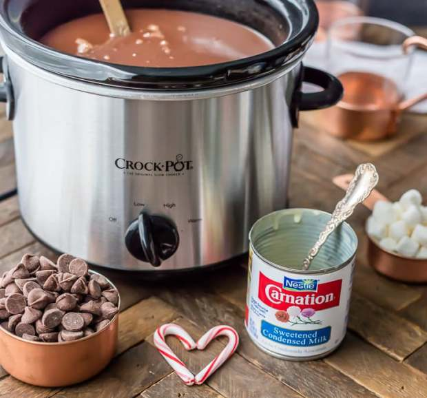 slow-cooker-peppermint-hot-chocolate-2-of-9