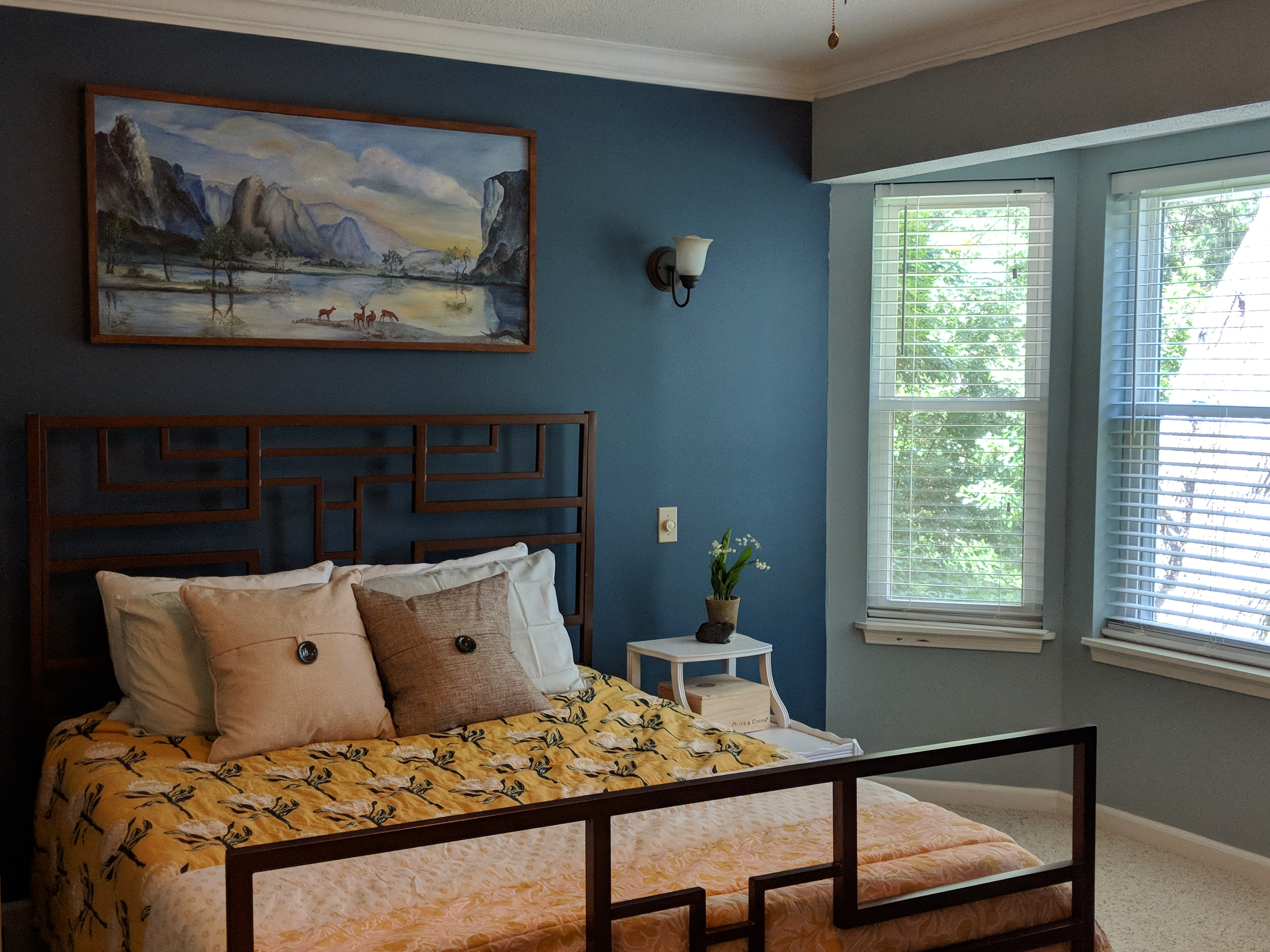 Creating A Calming Master Bedroom By Using the Power of Blues